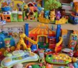 Игрушки для новорожденных: лучшие варианты