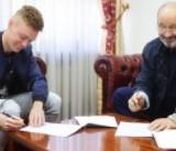 Виктор Цыганков подписал с Динамо новый контракт