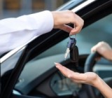 За год спрос на легковые электромобили вырос на 34%