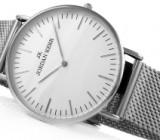 Мода на наручные часы не устаревает