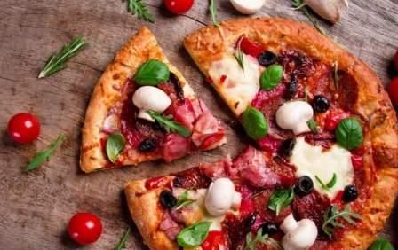 Праздники 9 февраля: день пиццы и день стоматолога