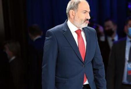 Пашинян повторно требует отставки начальника Генштаба