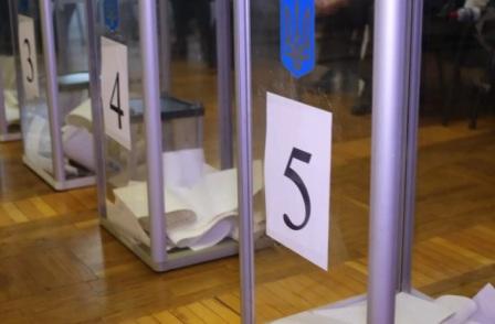 Шевченко и Вирастюк заявили о своей победе на выборах в 87-м округе
