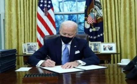 Президент США Байден ввел новые санкции против России