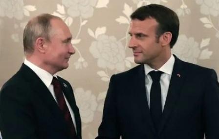 Макрон планирует поговорить с Путиным об Украине