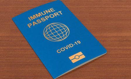 Министр здравохранеия назвал дату, когда в Украине введут ковидные паспорта
