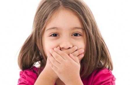 Свежее дыхание: врач назвал основные причины запаха изо рта